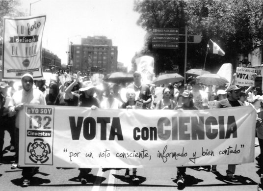 Mexicans manifestants against the election results. Photo: Osiris González.