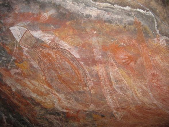 """Fragmento de mural de arte rupestre, corresponde al """"techo"""" de la caverna. Sitio arqueológico Ubirr. Parque Nacional Kakadu, Territorio del Norte, Australia. Foto: Ximena Jordán."""