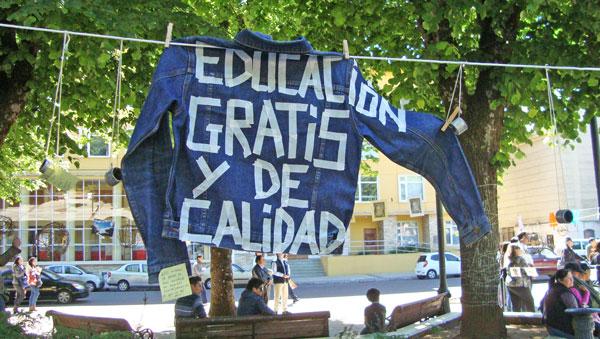 """""""Arte de Cordel Recargado en Valdivia"""". Fotografía de Carolina Benavente Morales."""